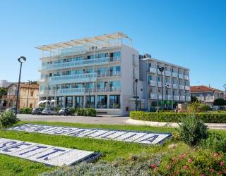 residence_cristallo_senigallia_esterno